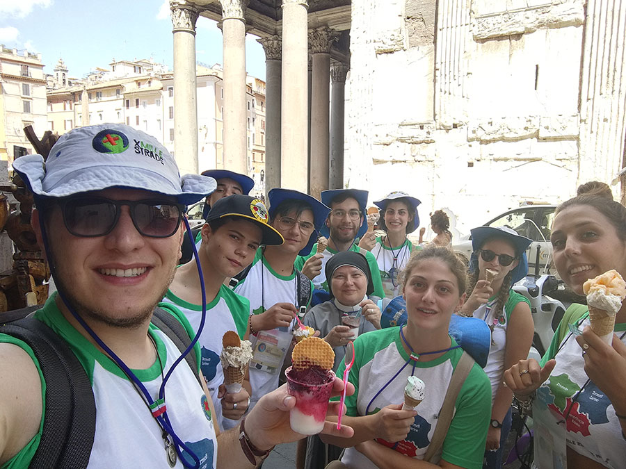 Gelato all'ombra del Pantheon
