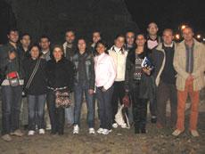 Salutiamo Bari con una foto di gruppo dove compaiono (da sinistra a destra): Michele Fuscoletti (AdC al 1�anno), Luca, Debora, Michele, Francesca, Mario Ciafardini (Segretario Regionale), Dolores, Emanuela, Lucia, Federica, Fabio, Mariateresa Dragonetti (AdC Bari-Bitonto), Luigi Fantini (AdC senior), Emidio e Gianni.